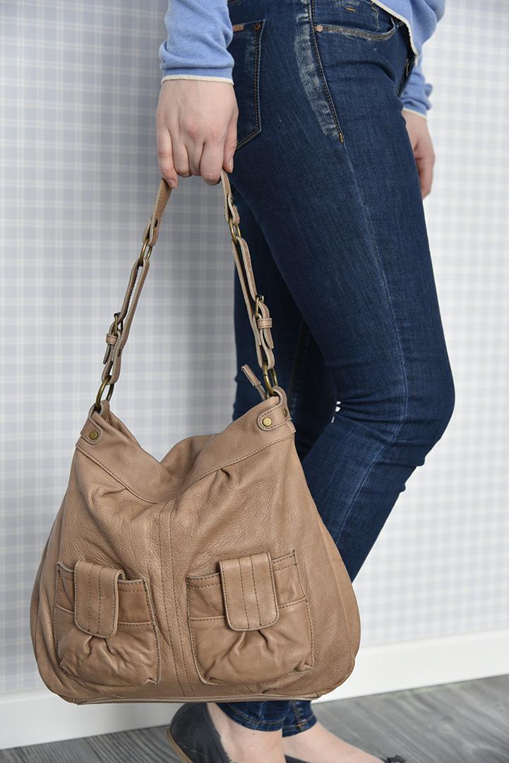 Кожаная сумка цвета арахиса BAGIA -29289
