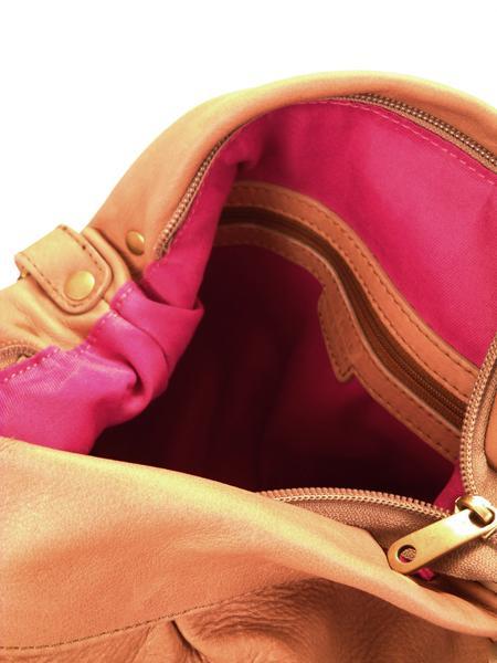Кожаная сумка цвета арахиса BAGIA -1783