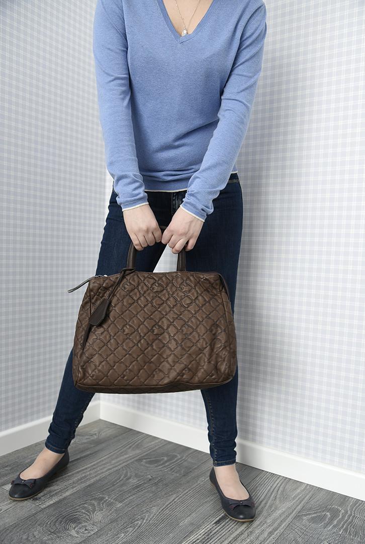 Темно-коричневая дамская кожаная сумка итальянской марки GIANNI CHIARINI -29284